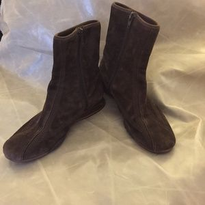 Cole Haan Nike Air Chocolate Brown Suede Boots 7.5